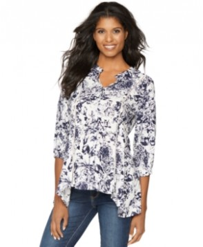 A Pea in the Pod Maternity Split-Neck Floral-Print Blouse